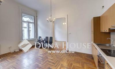 Kiadó Lakás, Budapest, 7 kerület, 3 különnyíló szoba, 90 nm, bútorozott kiadó lakás