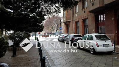 Eladó üzlethelyiség, Budapest, 9 kerület