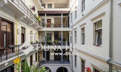 Eladó Lakás, Budapest, 7 kerület, Kívül-belül gyönyörű házban felújított lakás