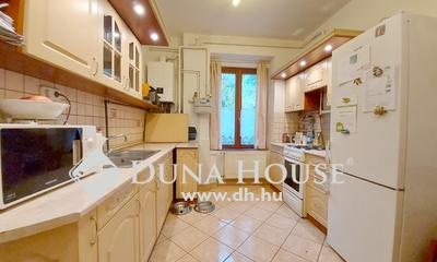 Eladó Ház, Budapest, 19 kerület, Wekerlén 4 lakásos társasházban ,beépített tetőtér