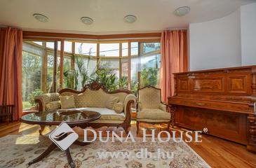 Eladó ház, Solymár, Ökologikus luxus villa Solymáron!
