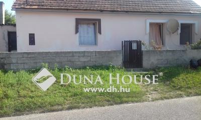Eladó Ház, Komárom-Esztergom megye, Tatabánya, Tompa Mihály út